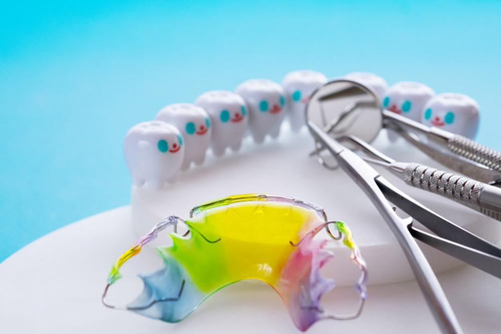 歯並び矯正の種類とそれぞれのメリット
